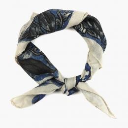Платок в синих и белых тонах FOUR-IN-HAND