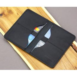 Черная обложка для паспорта с четырьмя отделениями для карточек FRIDAY GOODS