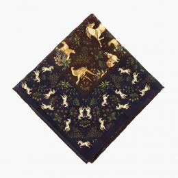 Синий платок с орнаментом в охотничьем стиле VARSUTIE