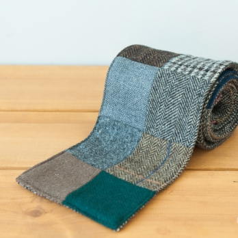 Лоскутно-серый твидовый шарф HANNA HATS
