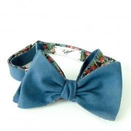 Синяя хлопковая бабочка с цветочно-ягодной подкладкой ИНЖЕНЕР ГАРИН
