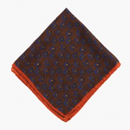 Коричневый платок из шерсти и шелка и рисунком фуляр