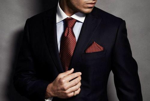 Комплект в горошек галстук нагрудный платок